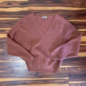 UNIQLO U Maroon v neck cropped sweater